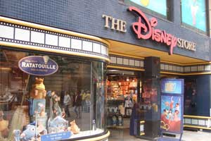 Shopping is especially fun, even for the kids, in Orlando at Walt Disney World Resort when you save hundreds of dollars thanks to the extra travel dollars with complimentary accommodations of a BVE package to Orlando.